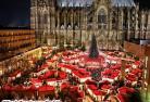 世界遺産の大聖堂・ケルンと水城ザッツファイのクリスマス