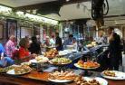 【プライベートツアー】日本好きのスペイン人と国際交流 ~地元で人気のバルもご紹介~