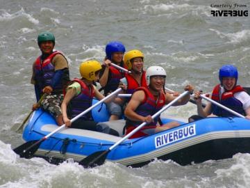 初心者でも安心!!大自然の中でラフティング!!コタキナバル発・キウル川ラフティング