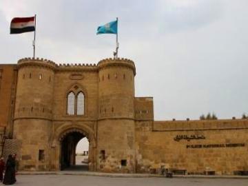 エジプト見所観光 (エジプト考古学博物館・シタデル・ハーンハリーリ市場)