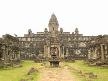 アンコール最初の地とカンボジアの陸上生活と水上生活を見る ! ロリュオス遺跡群とトンレサップ湖見学