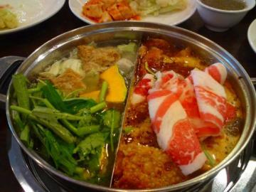 グルメディナーチョイス 湖南・台湾・四川・北京料理から選択+食後の士林夜市付き