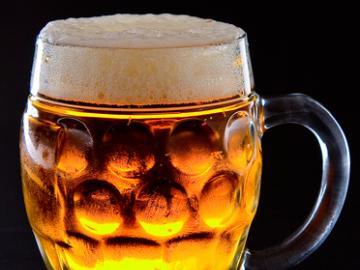 ビール個人消費量世界一の国チェコ!チェコビール7種類満喫ツアー!