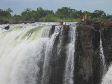 1泊2日ヴィクトリア瀑布バジェット・ツアー