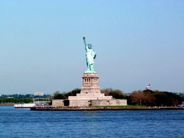 自由の女神上陸とニューヨーク市内観光