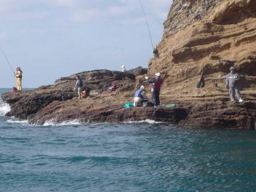 フィッシング(釣り)ツアー 船釣り・磯釣り