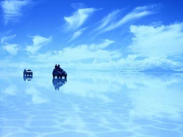 専用車で行くウユニ塩湖1日ツアー <スペイン語/プライベート>