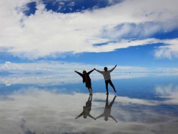 ウユニ塩湖4日間 [クスコ発ラパス帰着 - ウユニで丸々2日間 / ドライバーのみ] ※燃料込み