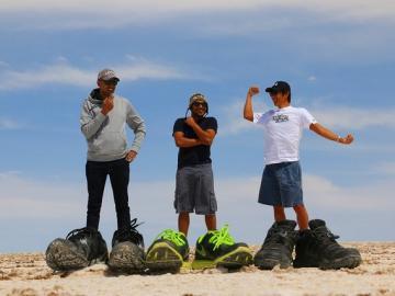 ウユニ塩湖3日間 [リマ発 / ウユニの観光:日本人アシスタントガイド付(12月下旬~4月初旬) またはスペイン語ドライバーのみ(4月上旬~12月下旬)] ※燃料込み