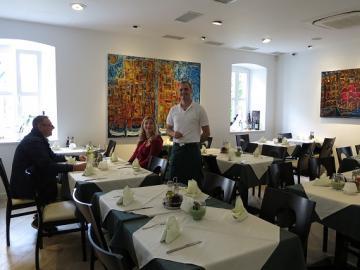クロアチア全土の伝統料理が楽しめるレストラン コプン/KOPUN 席予約【2月~11月まで】