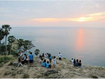島内観光プライベート車チャーターツアー