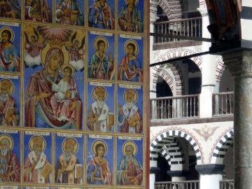 世界遺産リラの僧院とボヤナ教会 日帰り