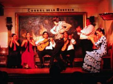 フラメンコ・ショー CORRAL DE LA MORERIA (コラール・デ・ラ・モレリア)~プレミアム席(舞台の正面席)限定16席~