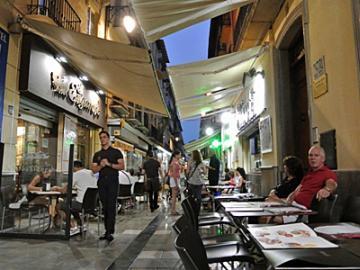 今夜もバル☆ナイト ~グラナダの下町とバル街散策~