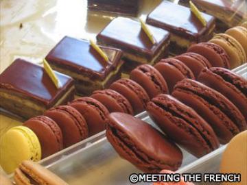 パリのスイーツ、パティスリーとショコラ巡り お菓子とチョコレート試食見学ツアー