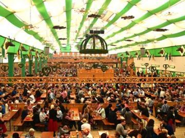 【9/21・22・28・29、10/5・6 限定】 オクトーバーフェスト2019 ~パウラーナーが提供される人気テント・アルムブルストシュッツェン~