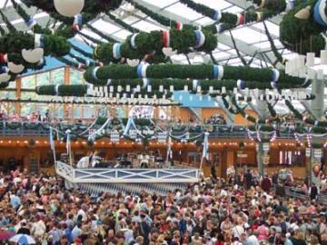 【10/3 限定】 オクトーバーフェスト2016  ~世界最大のビール祭りが始まる人気テント・ショッテンハーメル~