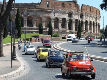 【プライベートツアー】FIAT500 ヴィンテージクラシックカーで巡るローマの休日 午前観光