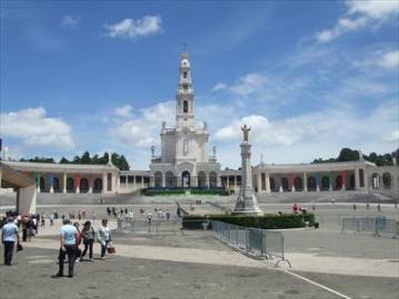 日本語ガイドと行く カトリックの聖地ファティマ午後観光