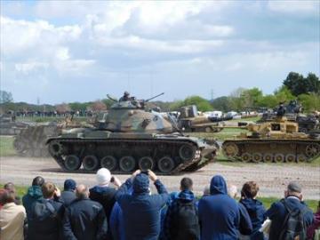 【9月14日限定】戦車ファン必見!戦車の祭典タイガーディ観覧ツアー ~初心者でも楽しめる世界の戦車・解説付