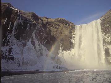 アイスランド南海岸アドベンチャー ~ミールダルスヨークトル氷河とセリャランスフォスの滝