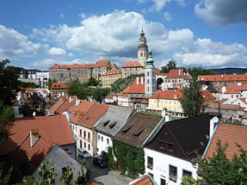 チェコの世界遺産 チェスキー・クルムロフ1日観光