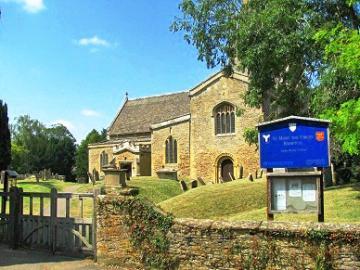 英国ドラマ「ダウントン・アビー」ロケ地の村とブレナム宮殿、コッツウォルズ