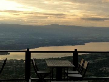サレーブ山夕方観光 ~ジュネーブの夜景ディナー付き