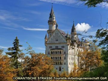 ノイシュヴァンシュタイン城とローテンブルク日帰りツアー