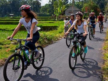 サイクリング&ナイトサファリ
