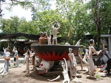 百年市場と地獄寺&アユタヤー水上マーケット(バンコク発)